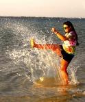 maddi kicking the water